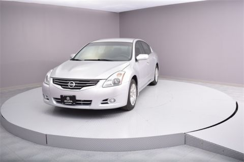 Pre-Owned 2010 Nissan Altima  FWD 4D Sedan